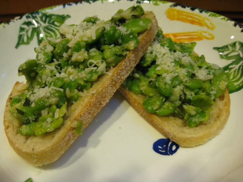 You are currently viewing Recipe: Fava Bean Crostini