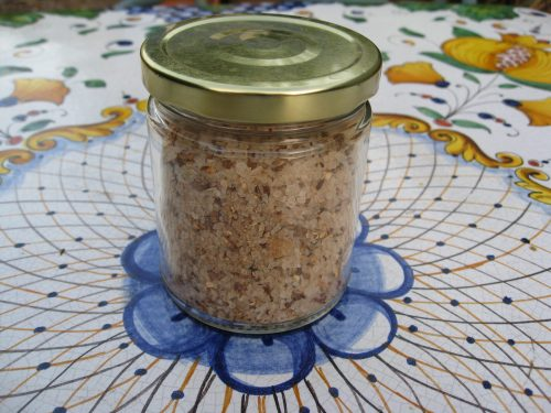 Read more about the article Recipe: Porcini Sea Salt (AKA cheating Williams-Sonoma)
