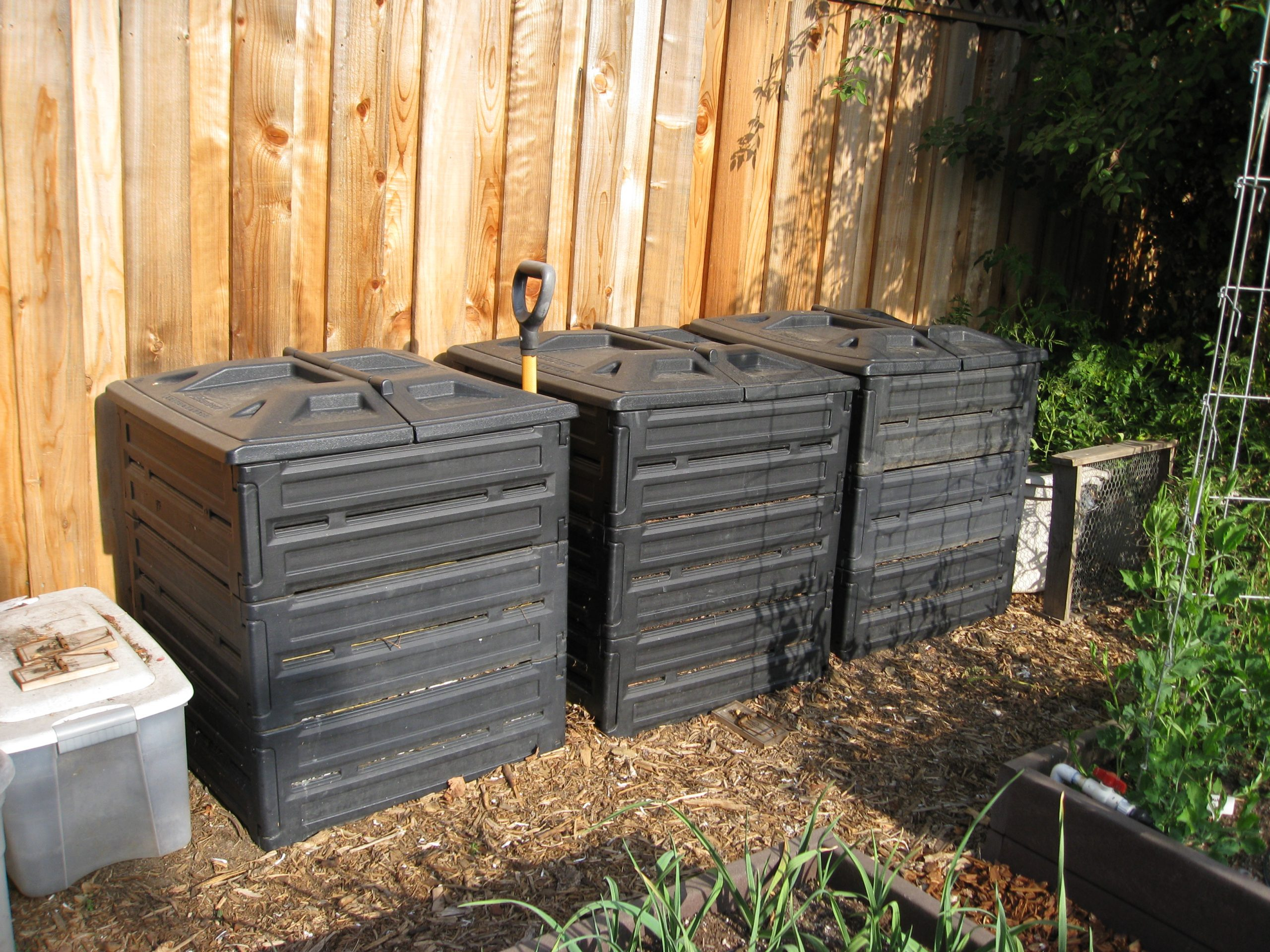 Read more about the article YouTube: Your Composting Questions Answered