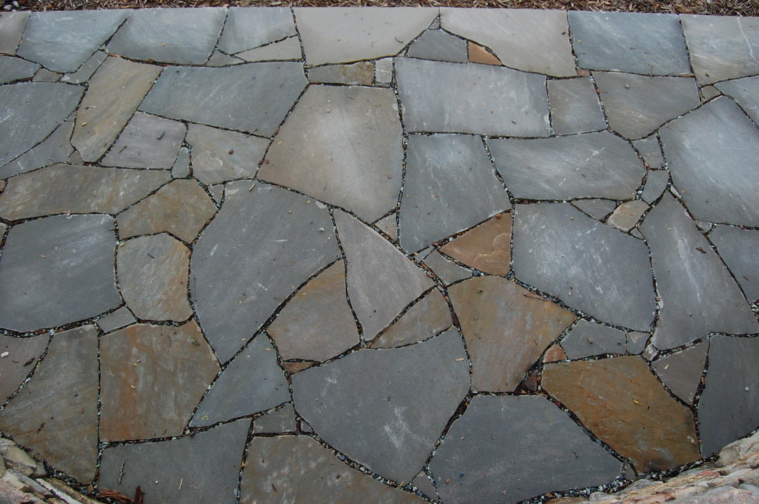 Five Steps to a Beautiful Flagstone Ground Cover - Gardenerd