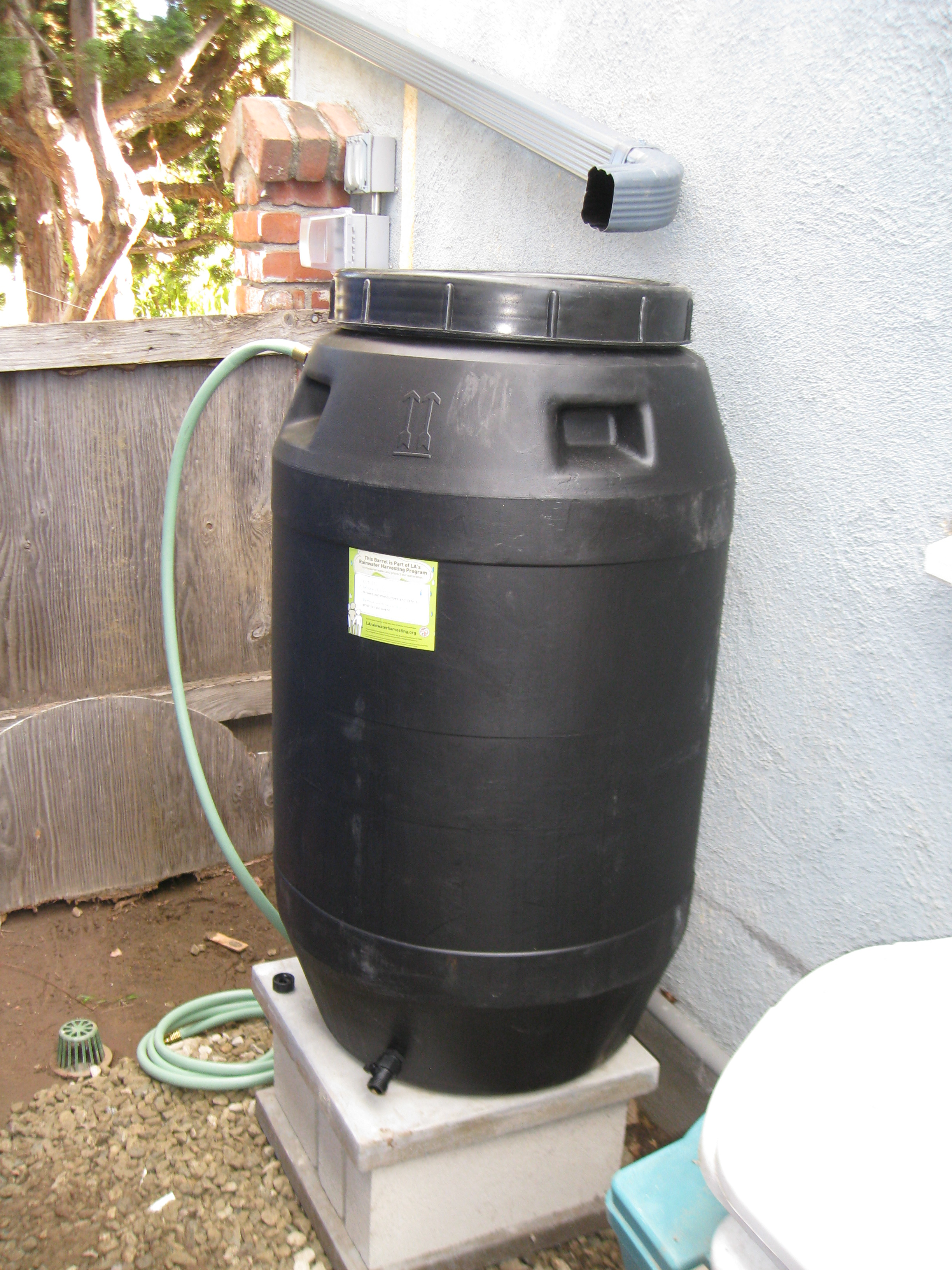 Food grade barrels are best for use in vegetable gardens.