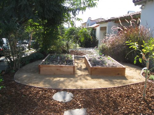 Read more about the article Design: Front Yard Veggie Garden