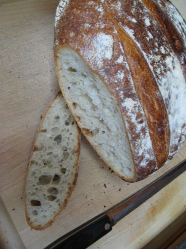 Read more about the article Sourdough Bread – Why It's Better Than Yeast