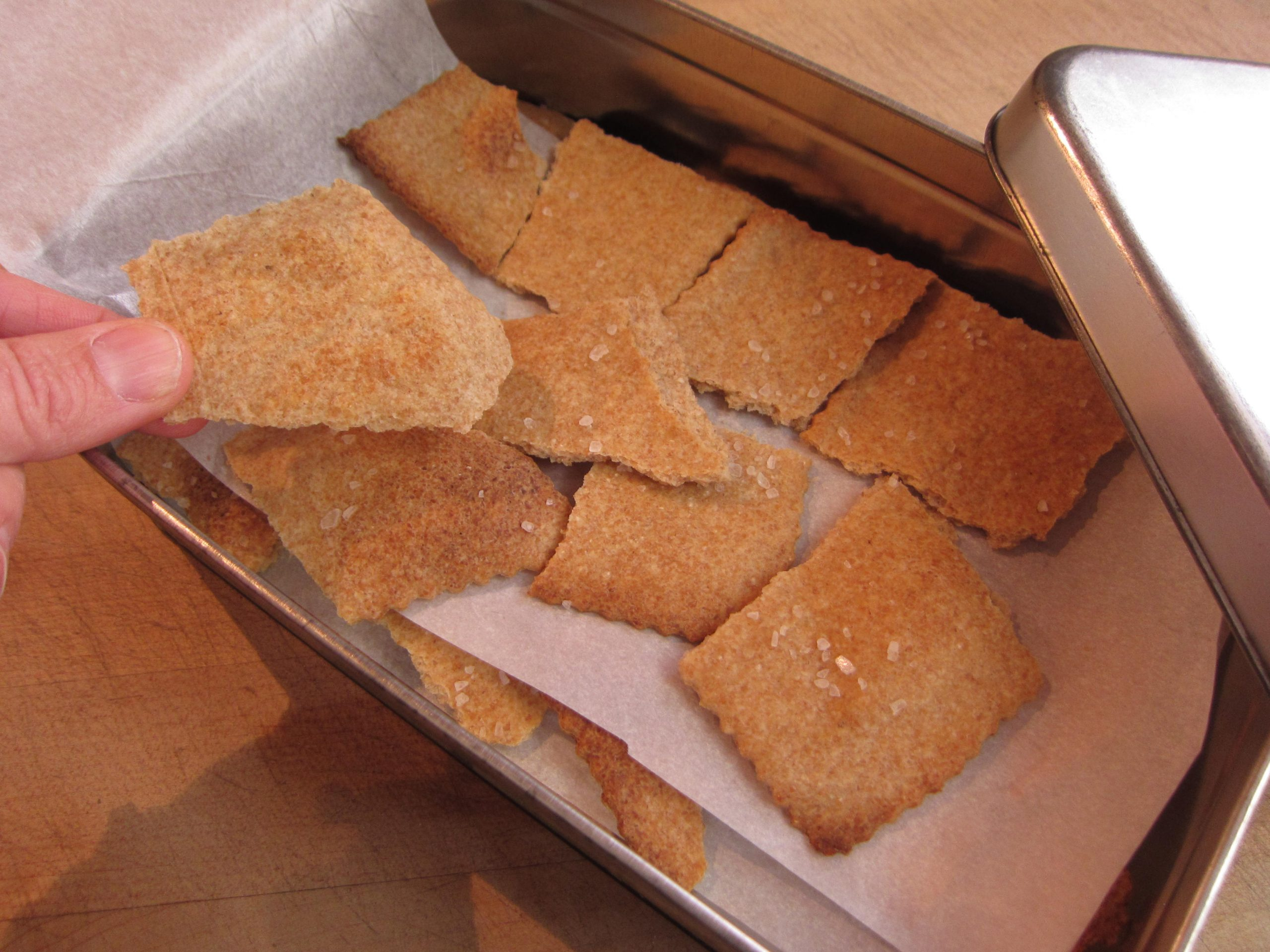 You are currently viewing Recipe: Sourdough Crackers