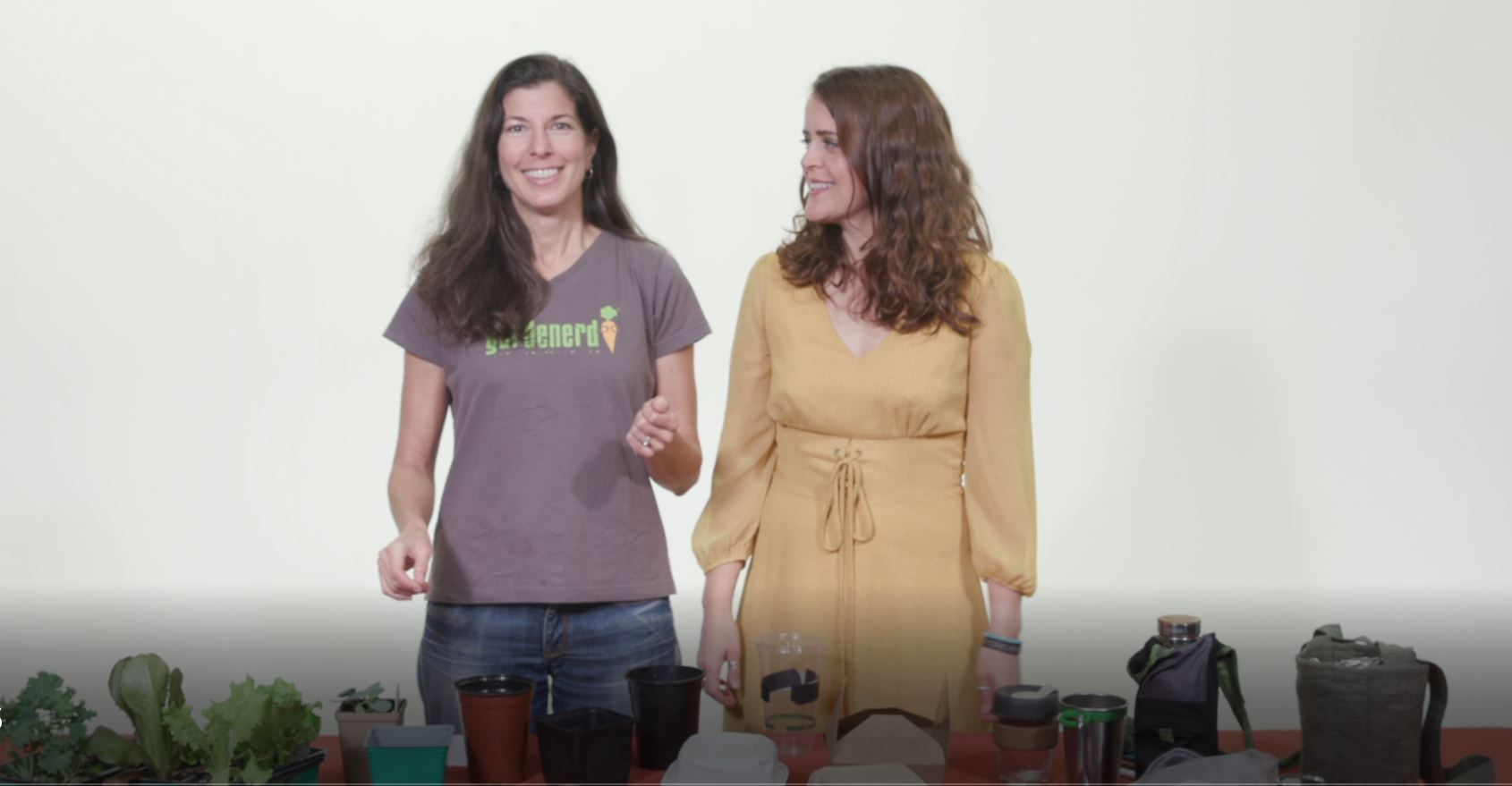 You are currently viewing YouTube: Jessica Aldridge–Can You Compost or Recycle That?
