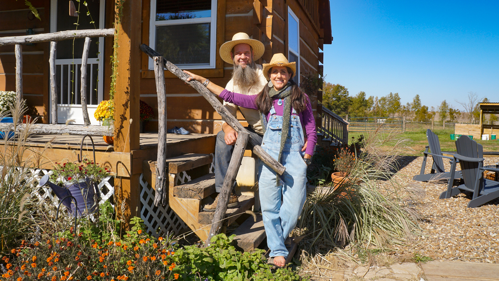 You are currently viewing Podcast: Off-Grid Living with Doug and Stacy