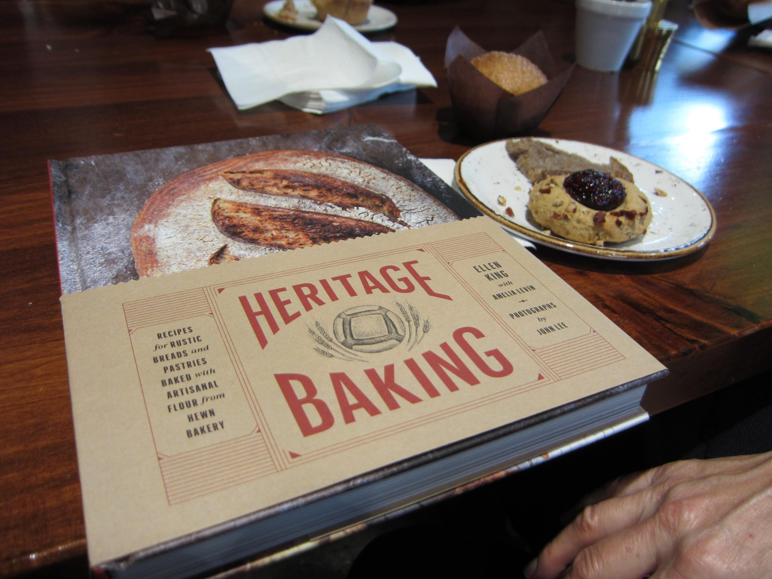 Read more about the article Review: Heritage Baking by Ellen King
