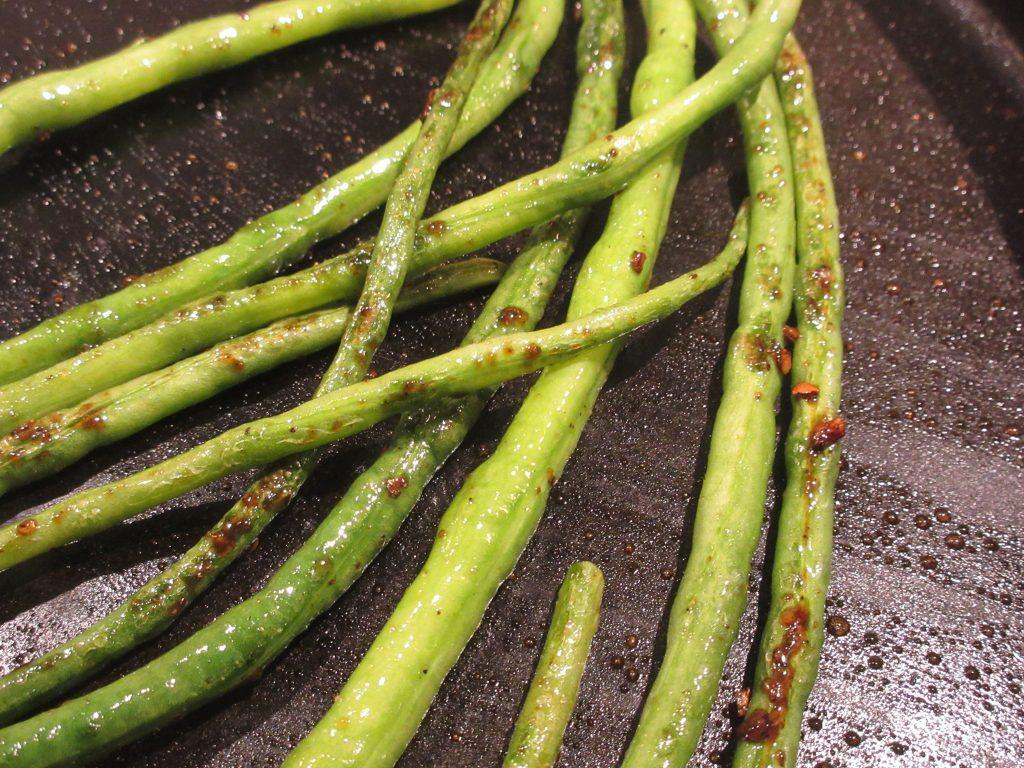 Yard long beans glazed