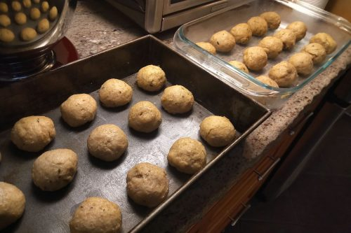 Read more about the article Recipe: Herbed Sourdough Rolls